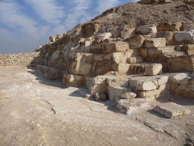 piramide_dyedefre_094-585