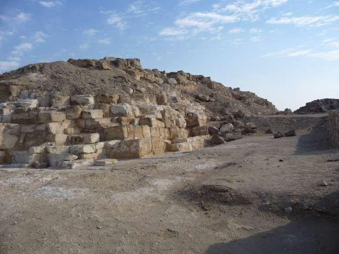 piramide_dyedefre_098-589