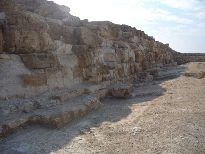 piramide_dyedefre_101-617