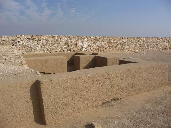 piramide_dyedefre_105-602
