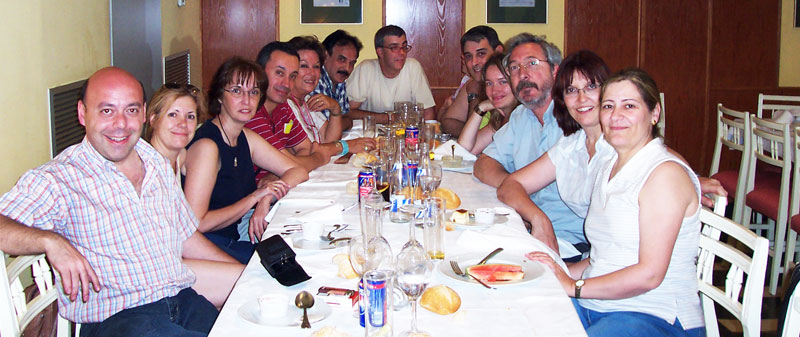 Cena de coordinadores en Zaragoza. Víctor, Cristina, Elisa, Manuel, Rosa, José Antonio, Francisco, Miguel Ángel, Silvia, Jaume, Montserrat y Marisa.