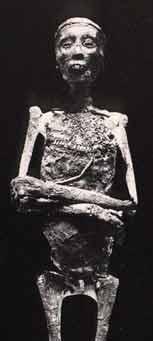 Fig. 6. Mómia del rey Tutankhamon.