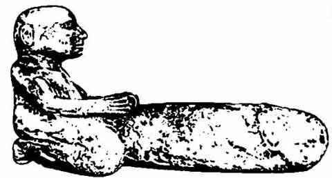 Fig. 12. Estatuilla en piedra caliza de un hombre con un enorme pene erecto. Puede ser un amuleto de la potencia sexual. Finales del Imperio Nuevo de Deir el-Medina. Museo de Turín.