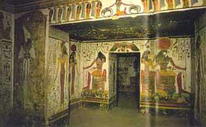 Fig. 76. Tumba de Nefertari (interior).