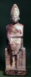 Fig. 2. Estatua de esquisto del rey Khasekhem. Hieracómpolis 2.710 a.C. Museo Ashmolean, Oxford.