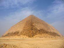 Pirámide romboidal (año 2010)