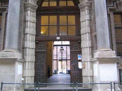 Fig.-1. Entrada Museo