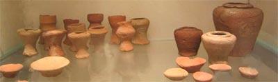 Fig.-8. Recipientes en miniatura del Complejo funerario de Micerino en Giza. IV din. Terracota