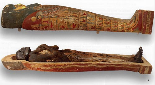 Sarcófago con momia