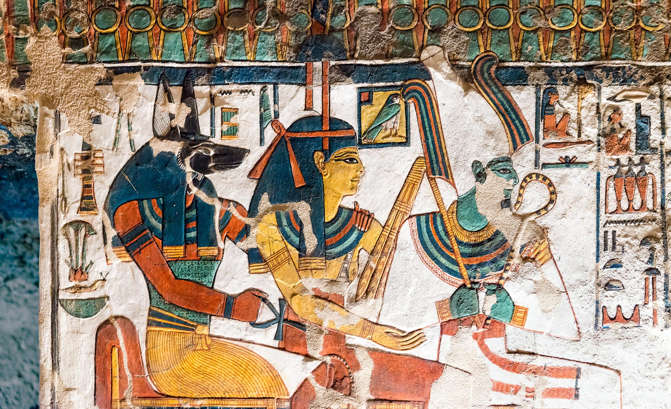 Imagen 1. Relieve en sala del sarcófago