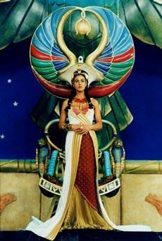Cleopatra en la película Asterix & Obelix. Misión Cleopatra interpretada por Mónica Bellucci
